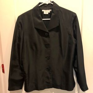 Maggy London 100 silk top or jacket